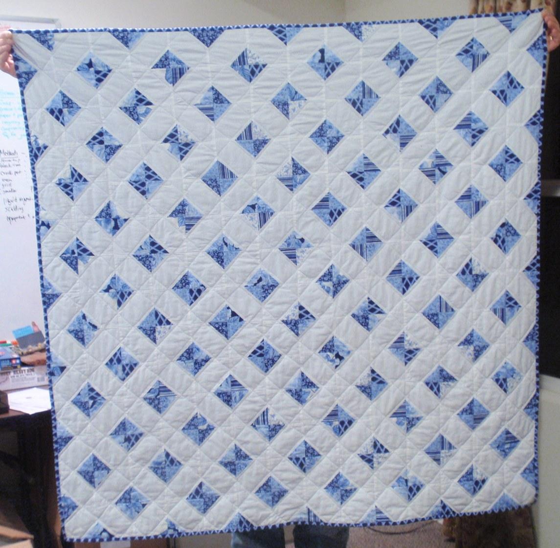 Cottage Windows Quilt – Wedding Dress Blue