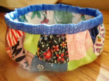 14 Cute Charm Pack Patterns #CharmPacks #Sewing