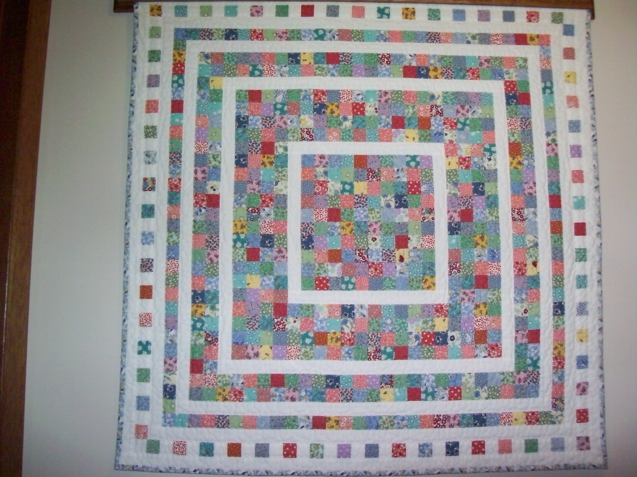 TUTORIAL: Fading Charms Quilt – Wedding Dress Blue